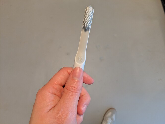 How-to-Use-a-Quip-Toothbrush