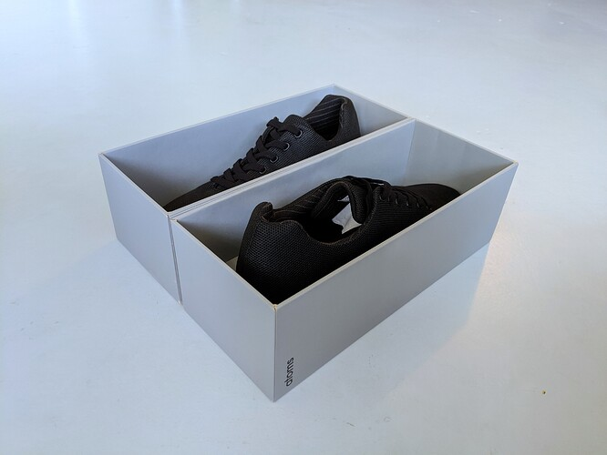 Atoms-Shoe-Box-Unboxing