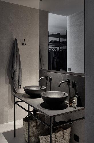 No-Ordinary-Apartment-Bathroom