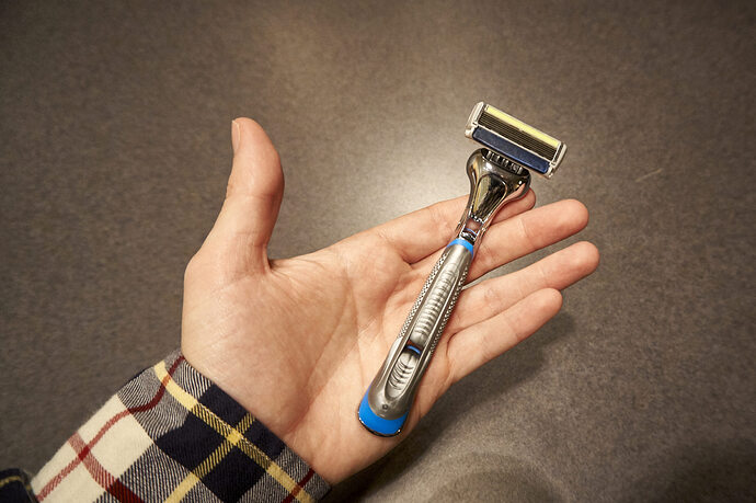 Dollar-Shave-Club-Executive-Razor
