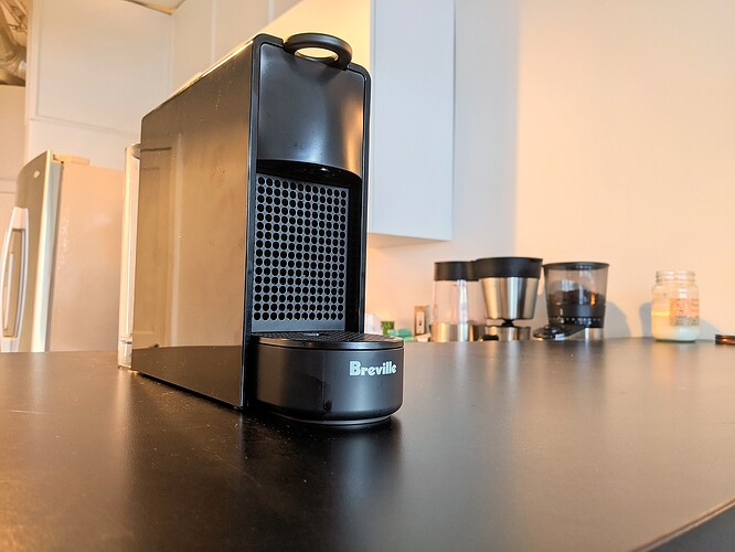 Breville-Nespresso-Essenza-Mini-Hero