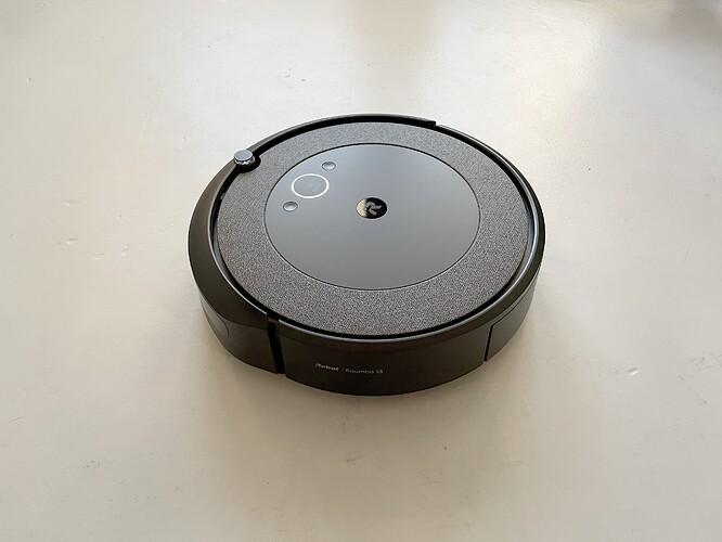 iRobot-Roomba-i3-Hero