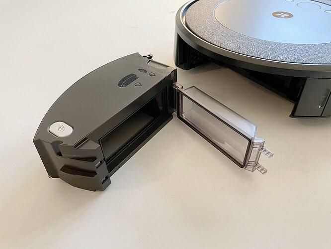 iRobot-Roomba-i3-Dust-Bin