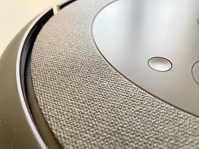 iRobot-Roomba-i3-Fabric-Material